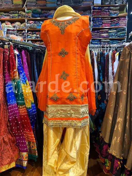 traje-punjabi-suit-bhangra-bollywood